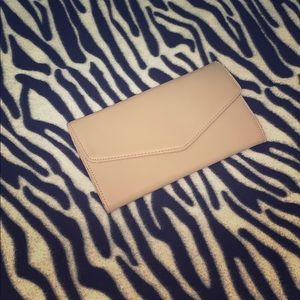 FOREVER XXI NUDE ENVELOPE WALLET
